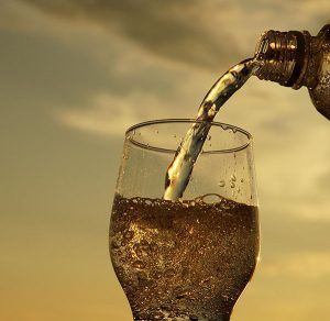 Sparkling Water Is It Tooth Safe | Alex Bratic Dental